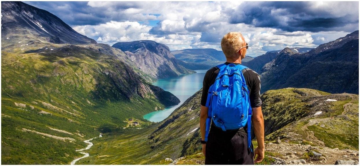Jak się ubrać w góry? Najczęstsze błędy turystów