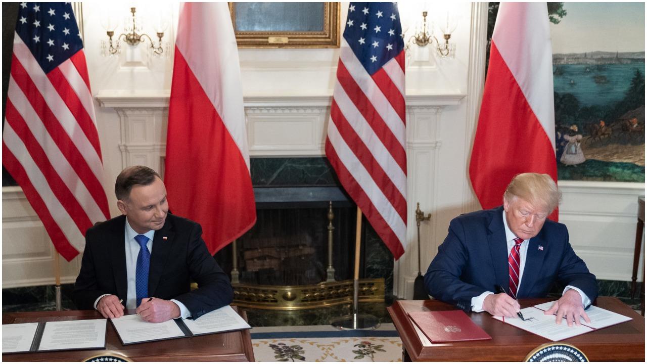 Andrzej Duda dał Amerykanom długi wykład o historii Polski. Kompletnie odleciał!