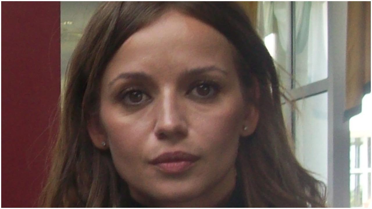 Córka Przybylskiej będzie wychowywana przez bezrobotnego? Kolejne wielkie kłopoty partnera tragicznie zmarłej artystki