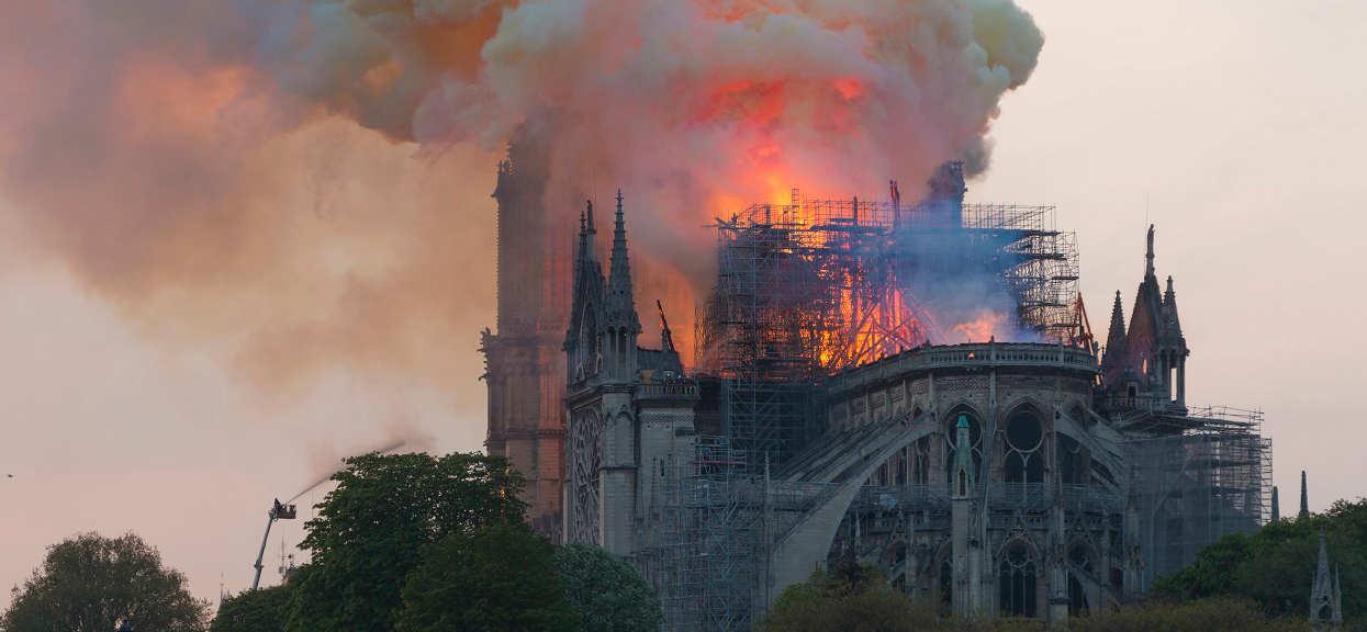 Darczyńcy deklarowali miliony na odbudowę Notre Dame. Zaledwie 9% z nich dotrzymało słowa