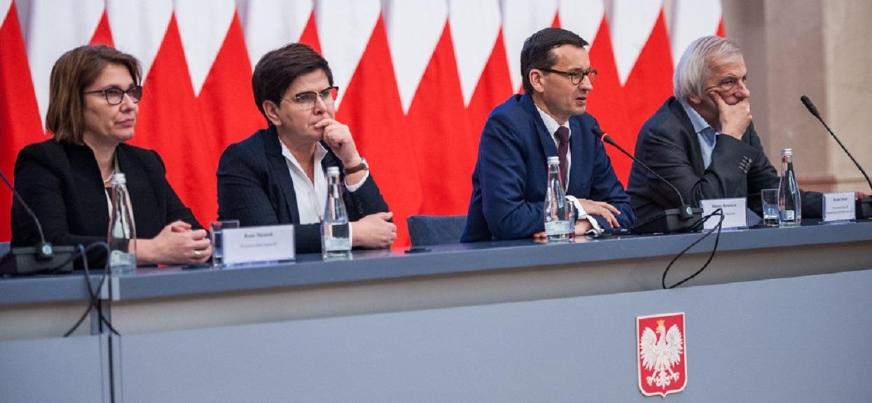 Wybory do Sejmu, sondaż: PiS z dwukrotnie wyższym poparciem niż PO