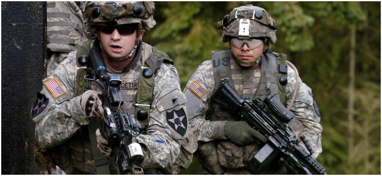 Wojsko USA utknęło na drodze w polskiej wsi. Musieli im pomóc nasi strażacy