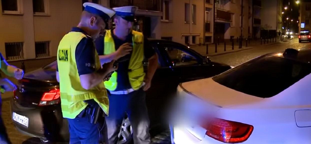 Policja nie potrafi prowadzić nowych samochodów pościgowych? Doszło już do kilkudziesięciu kolizji