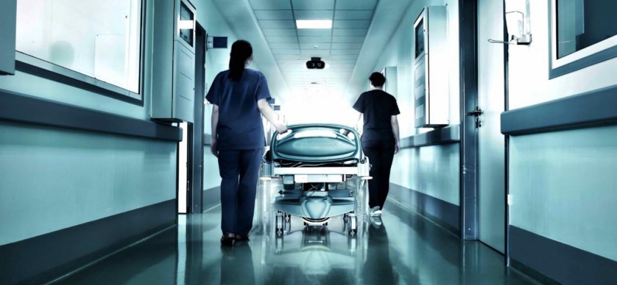 Drapanie, bicie i atak nożem. Pielęgniarka wyznała całą prawdę o swojej pracy