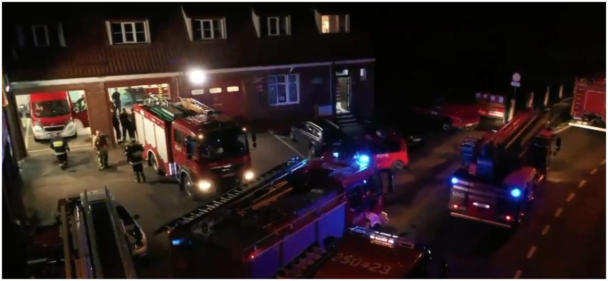 Ponad tysiąc interwencji strażaków, straty są kolosalne. TVN podał fatalny bilans nocnych nawałnic
