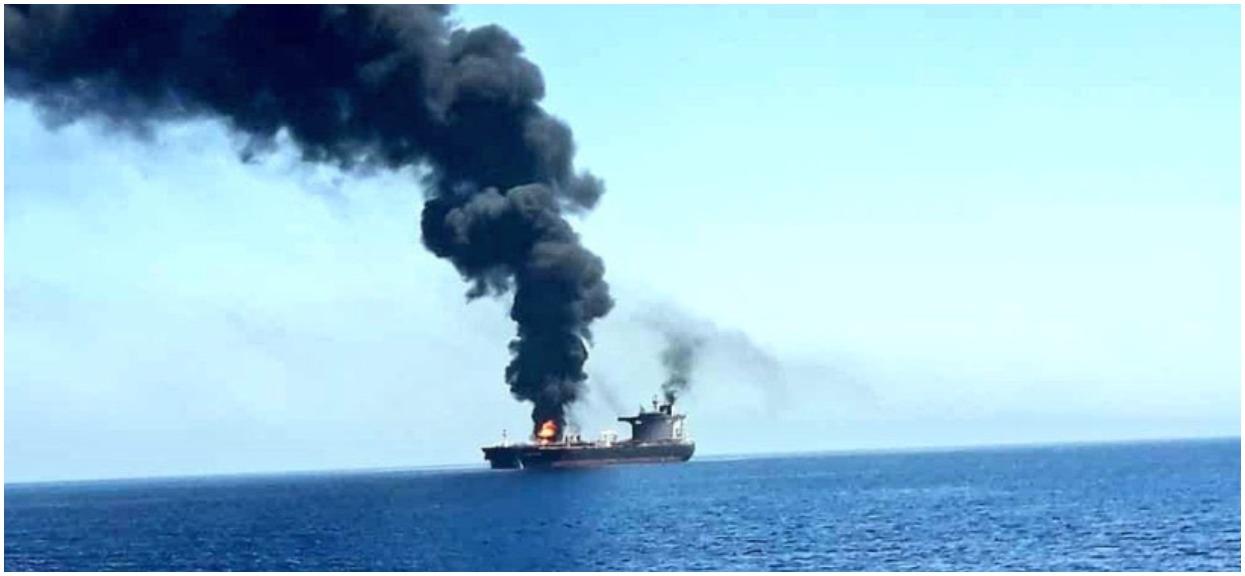 Pilne wiadomości! Atak torpedowy na tankowce. Premier Japonii: Świat stoi na krawędzi wojny