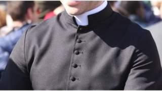 Kościołowi w Polsce brakuje księży. Będzie ich ściągać zza granicy