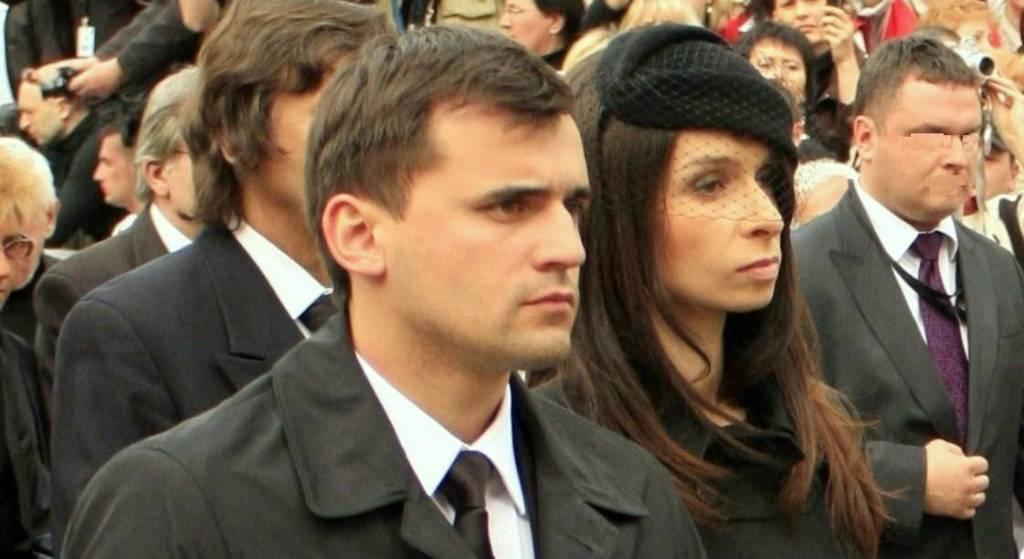 Były mąż Kaczyńskiej po latach ujawnia kulisy identyfikacji ciała Marii Kaczyńskiej. Porażające