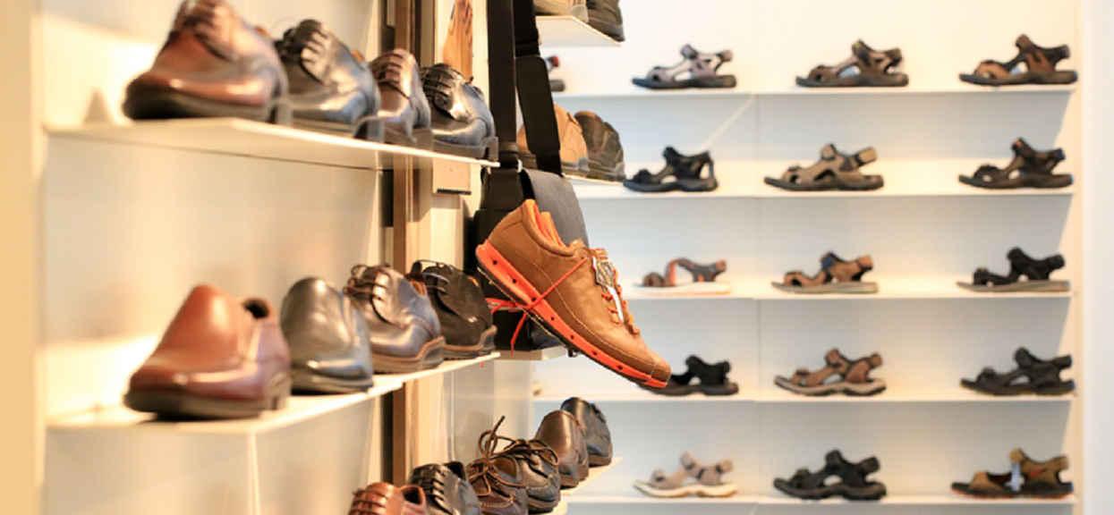 Wielu Polaków w strachu, buty znanej marki zawierają silnie trującą substancję Chrom VI. Natychmiast je wyrzuć