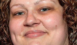 Ważąca 160 kg kobieta zaczęła robić 3 rzeczy. Schudła 70 kilo, a jej metamorfoza powala na kolana (FOTO)