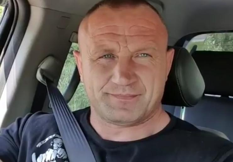 """Potworny lincz na Pudzianowskiego. Porównał gwałt do robienia zakupów: """"Komuś chyba sterydy wlały się do mózgu"""""""