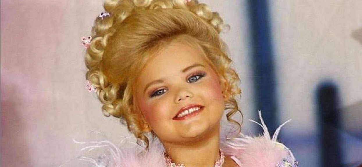 Jako dziewczynka wygrała 300 konkursów piękności. Ścina z nóg, ludzie nie wierzą oczom, jak wygląda po latach