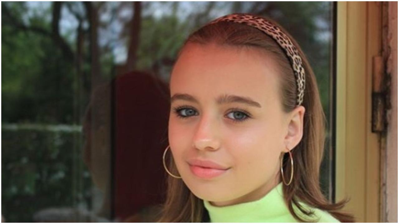 Tak baluje 16-letnia córka Przybylskiej. Nastolatka imprezowała z celebrytami na jachcie (FOTO)