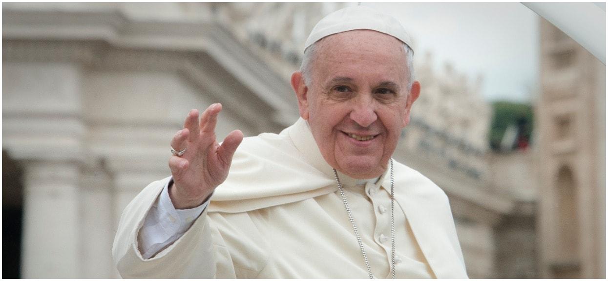 Księża mają obowiązek milczeć. Papież Franciszek wydał specjalny dokument