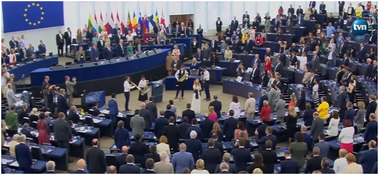 Pierwsze posiedzenie Parlamentu Europejskiego i już skandal. Wielu komentuje to, co zrobili polscy politycy