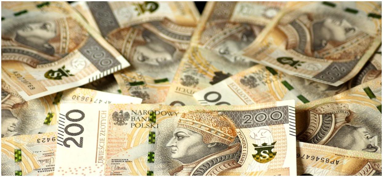 Pensja minimalna ma wzrosnąć, lecz wciąż nie jest dobrze. Od Europy dzieli nas przepaść