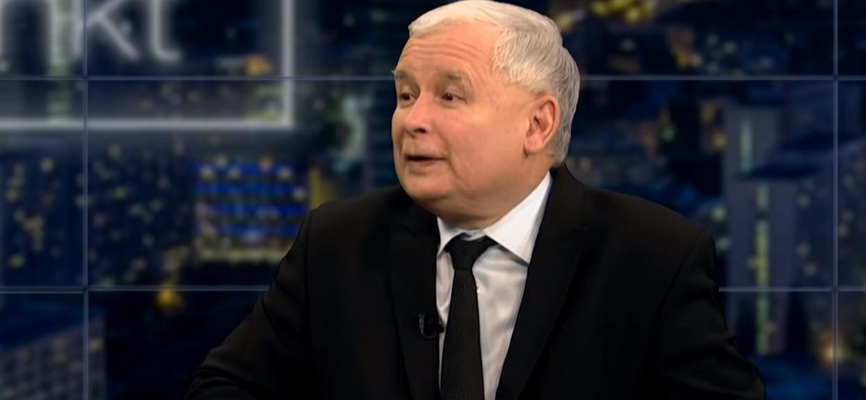 """Do Kaczyńskiego podeszła mała dziewczynka i zaczęła z nim rozmawiać. """"Ustawka jak za Gierka"""""""