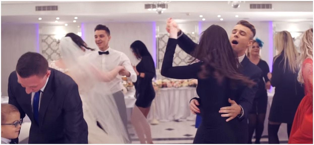 Puścili na weselu kultowe disco polo. Żenująca reakcja Beaty z Warszawy