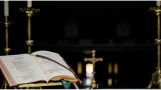 Pijana kobieta wdarła się do kościoła. Ale dopiero potem przekroczyła wszystkie granice