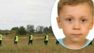 Policjanci przechodzili obok ciała Dawidka kilkukrotnie. Jak to możliwe, że nikt go nie zauważył?