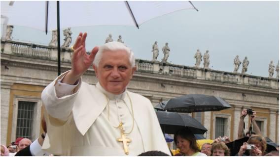Benedykt XVI - tajemnice pontyfikatu