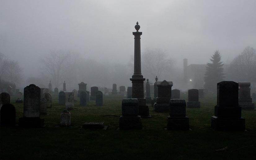 Mąż pochował żonę w głębokiej śpiączce. W trumnie znaleziono ślady drapania