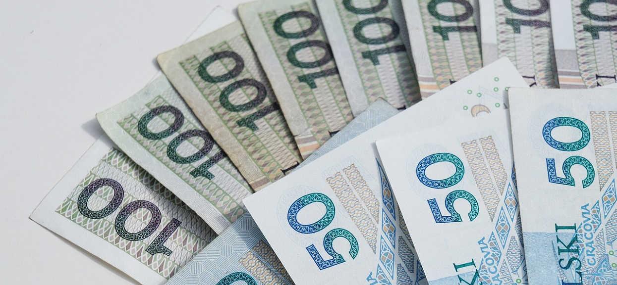 10 milionów Polaków może spodziewać się rekordowej podwyżki emerytur i rent. Wiemy komu się należy i ile