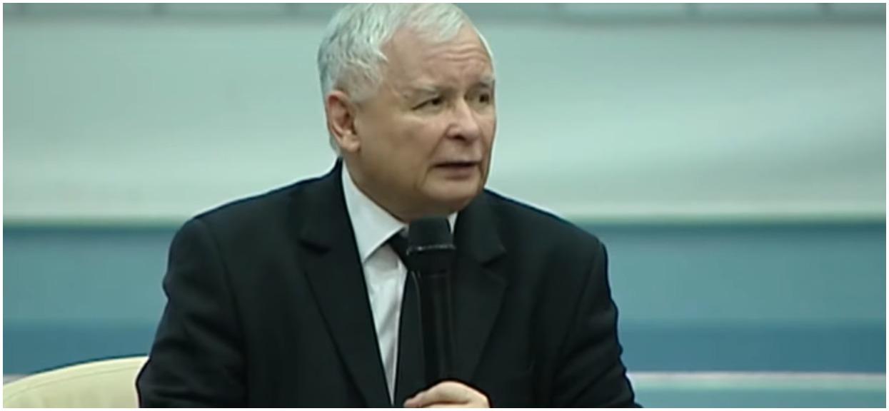 Lepiej usiądźcie. Dziennikarze dokopali się do tego, ile naprawdę zarabia Kaczyński