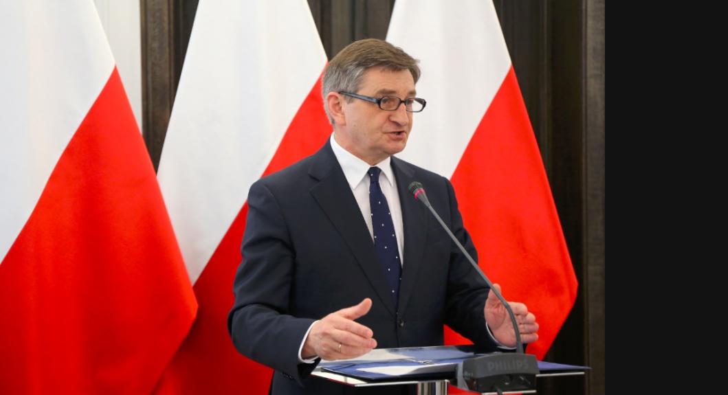 """Kuchciński nie podał się do dymisji, wyrecytował oświadczenie. """"Działałem zgodnie z prawem""""."""