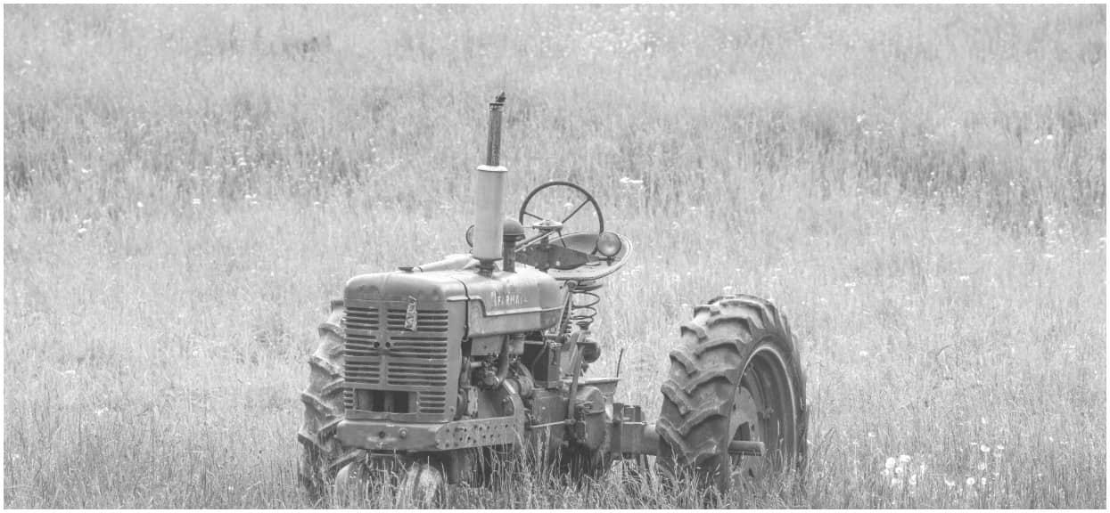 Mężczyzna jechał wesoło traktorem. Nagle poczuł swąd palonego ludzkiego mięsa i ujrzał widok rodem z piekła