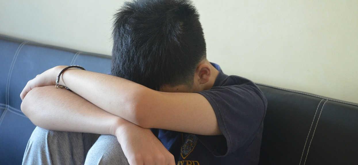 Nastolatek składał dokumenty na studia. Wtedy na jaw wyszedł porażający sekret jego ojca