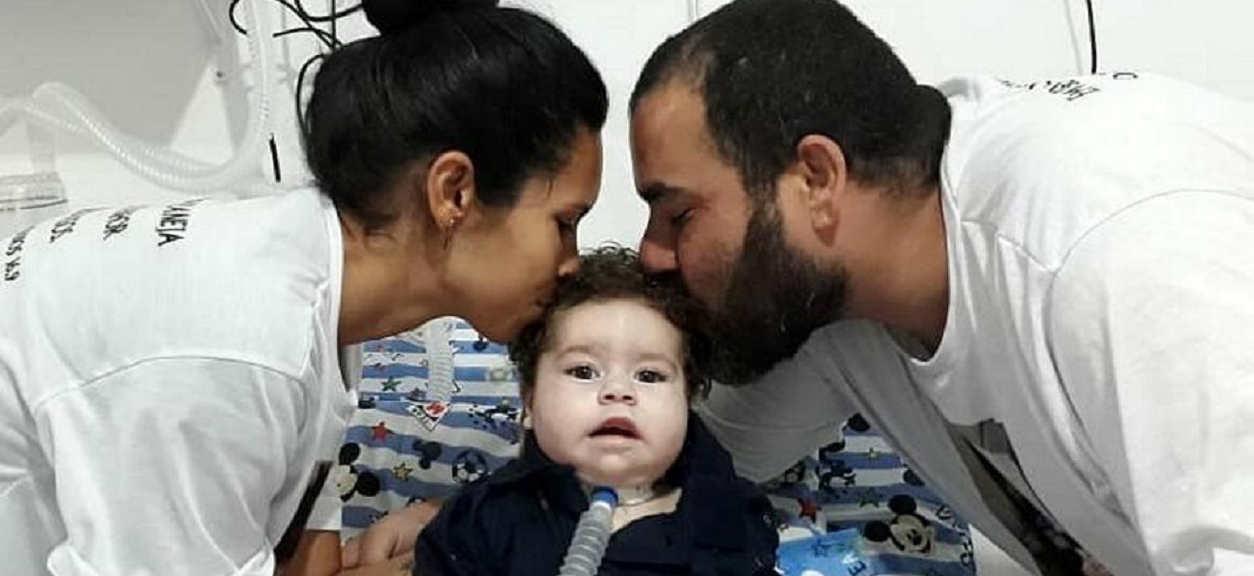 Śmiertelnie chory chłopiec został okradziony przez swojego ojca. Pieniądze na leczenie wydał na prostytutki
