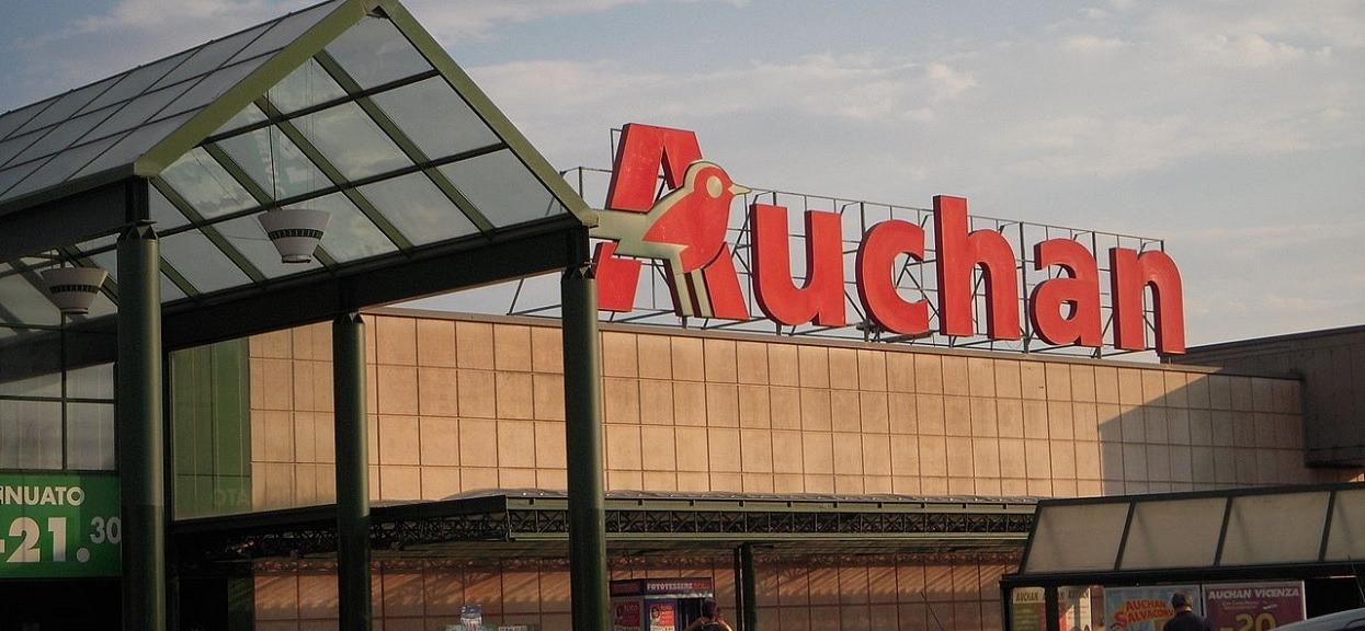 """""""Godzina ciszy"""" okazała się sukcesem. Lada moment obejmie wszystkie sklepy Auchan w Polsce"""
