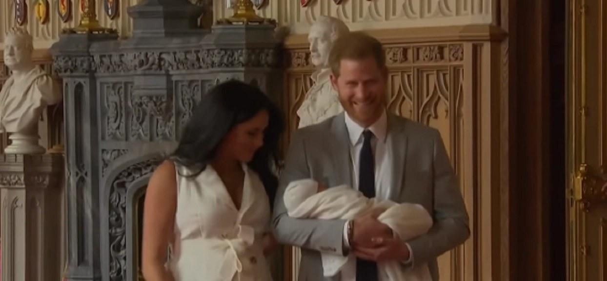 Poznaliśmy jedną z największych tajemnic rodziny królewskiej. Czarno-białe zdjęcia tego nie zdradzały