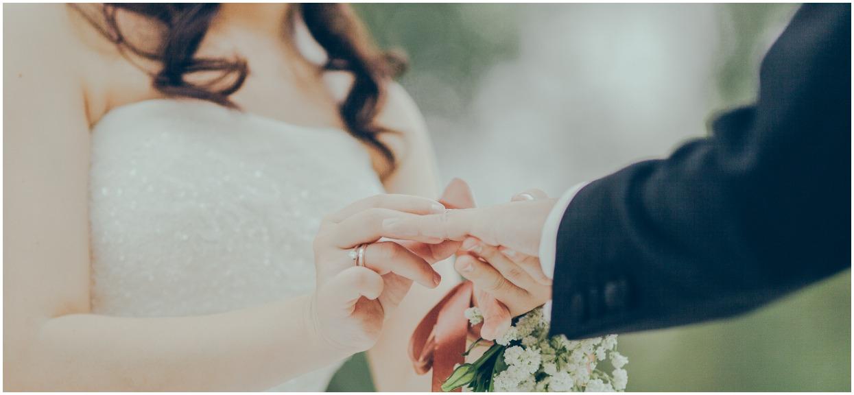 """Puszysta kobieta znalazła idealną suknię ślubną. Radość popsuł pan młody: """"Widać, że ona bardzo się starała, ale on wszystko zniszczył"""""""