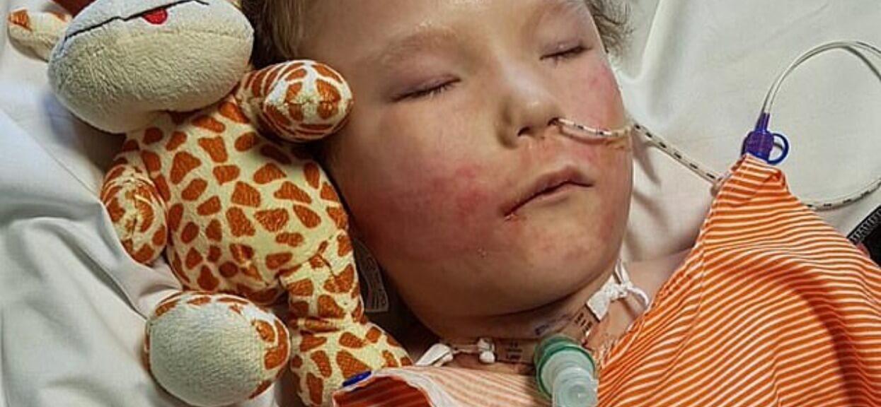 Dziecko ma tak rzadką chorobę, że nie ma jeszcze ona nazwy. Jego życie to koszmar