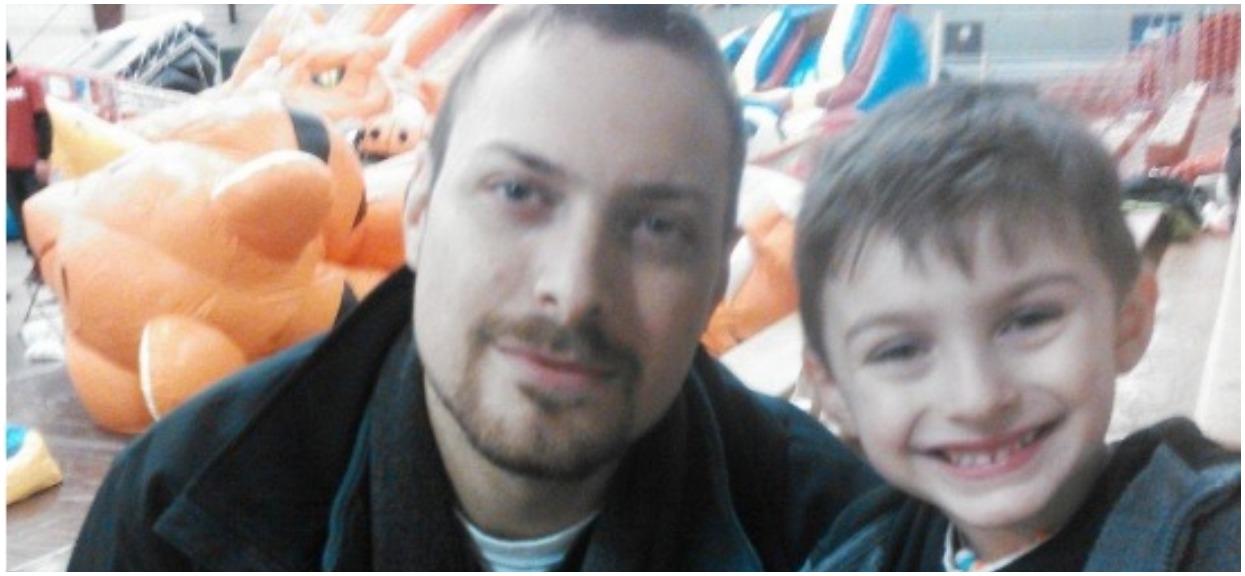 4-letni syn wyjawił przedszkolance największy sekret ojca. Złożyła mu propozycję, która na zawsze zmieniła życie mężczyzny