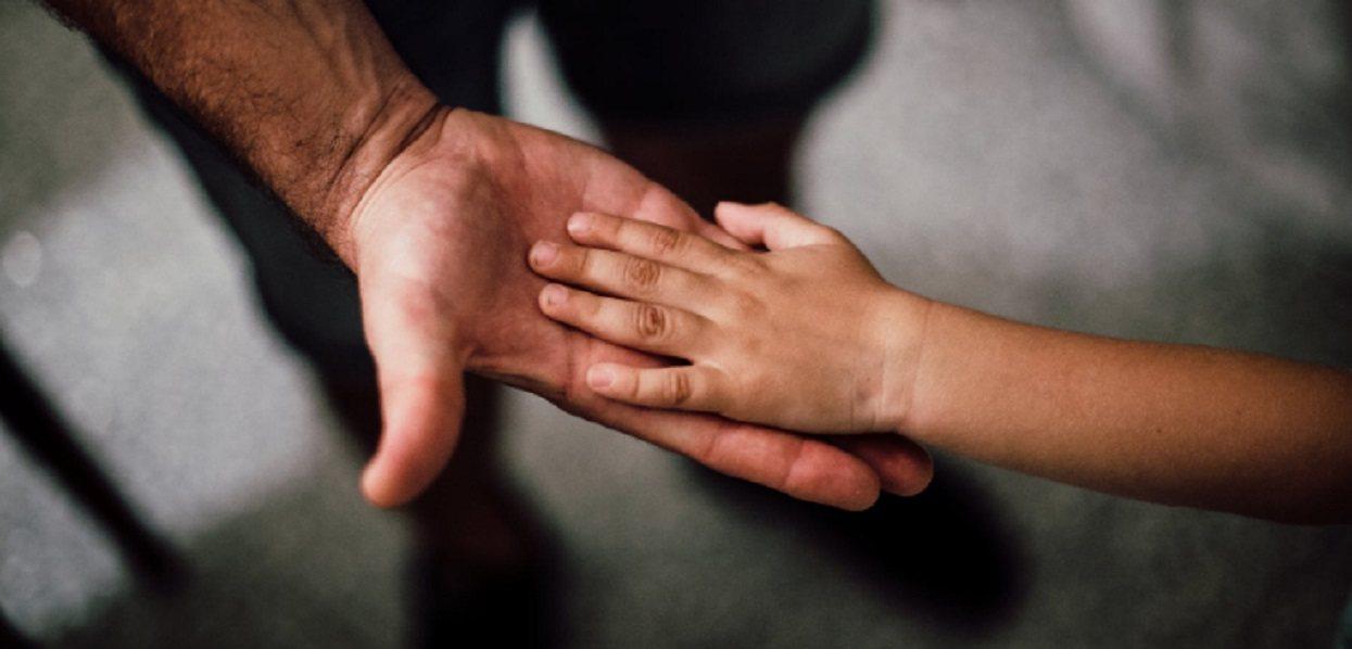 Jego syn umierał w męczarniach. Tata ma pilny apel do rodziców, to może spotkać każdego