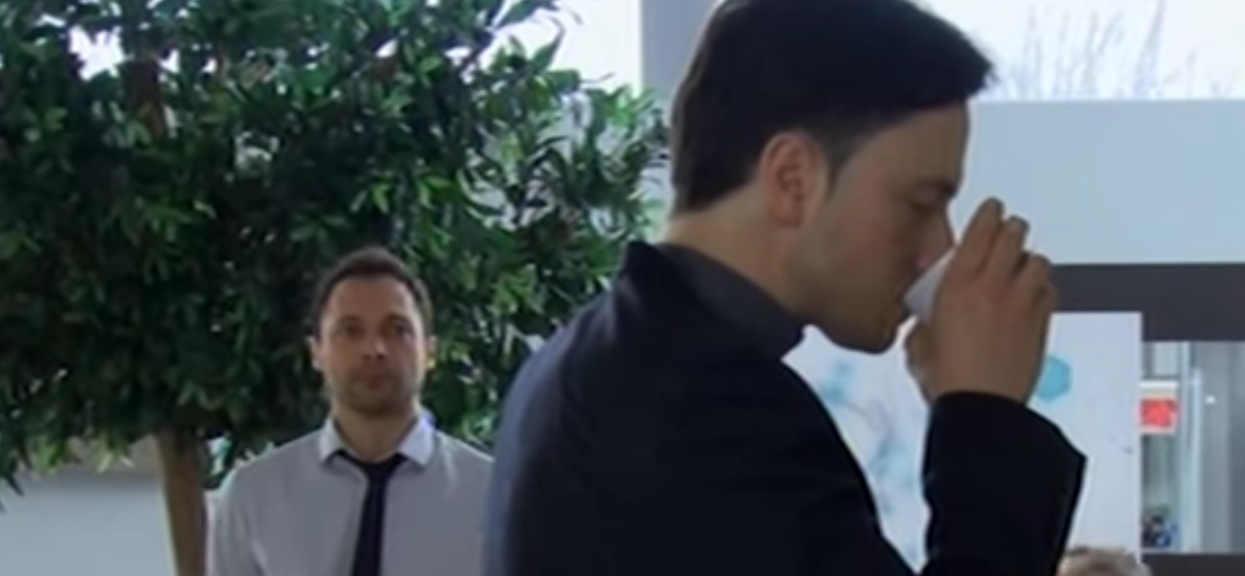 Gwiazdor TVP właśnie się przyznał, że jest homoseksualny. Jego ukochany to tajemnicza postać