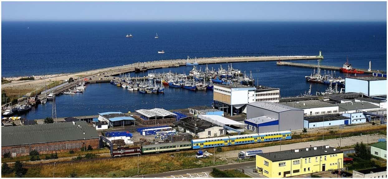 Turyści nad polskim morzem się tym zajadają. Gdy dowiedzą się, co jest w środku, od razu przestaną