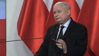 """""""Jarosław Kaczyński jest jak Józef Piłsudski"""". Skromność aż bije od domu prezesa PiS"""