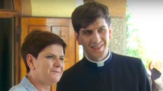 Syn Beaty Szydło wziął ślub. Jego wybranka to kopia jego mamy, na weselu śmiali się do rozpuku