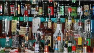 """Wódka zdrożeje? Chcą wprowadzić """"cenę minimalną"""", ponad 30 zł za najtańszą"""