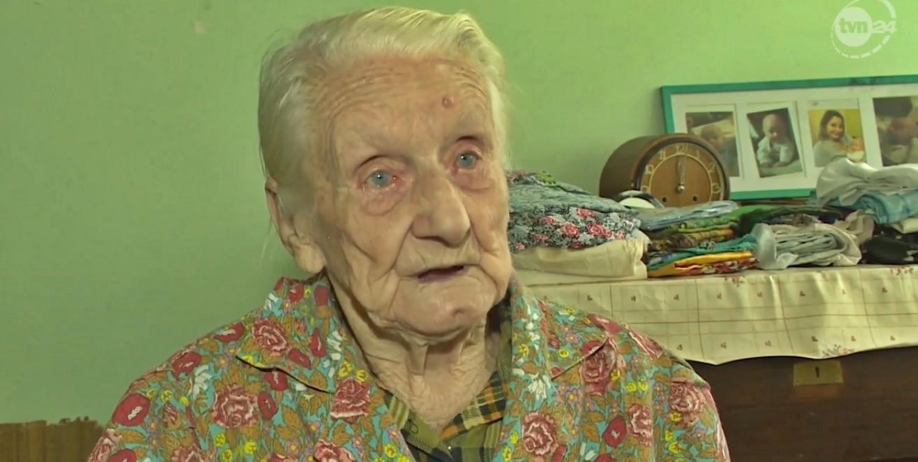 30 lat pracowała, kolejne 30 oszczędzała. 99-letnia pani Ewa została okradziona z oszczędności życia