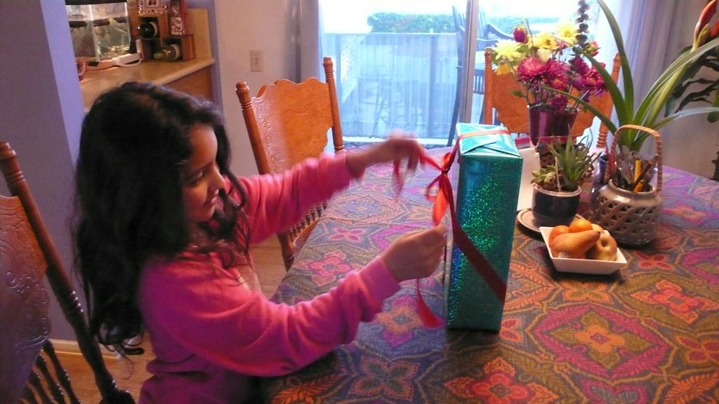 Wydała mnóstwo pieniędzy na prezent dla córki przyjaciółki. Jednak reakcja jej rodziców wyprowadziła ją z równowagi