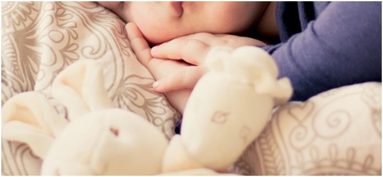 2-latkę bolał brzuch, a lekarka odesłała ją do domu. Dziewczynka nie żyje, koszmar w polskim mieście