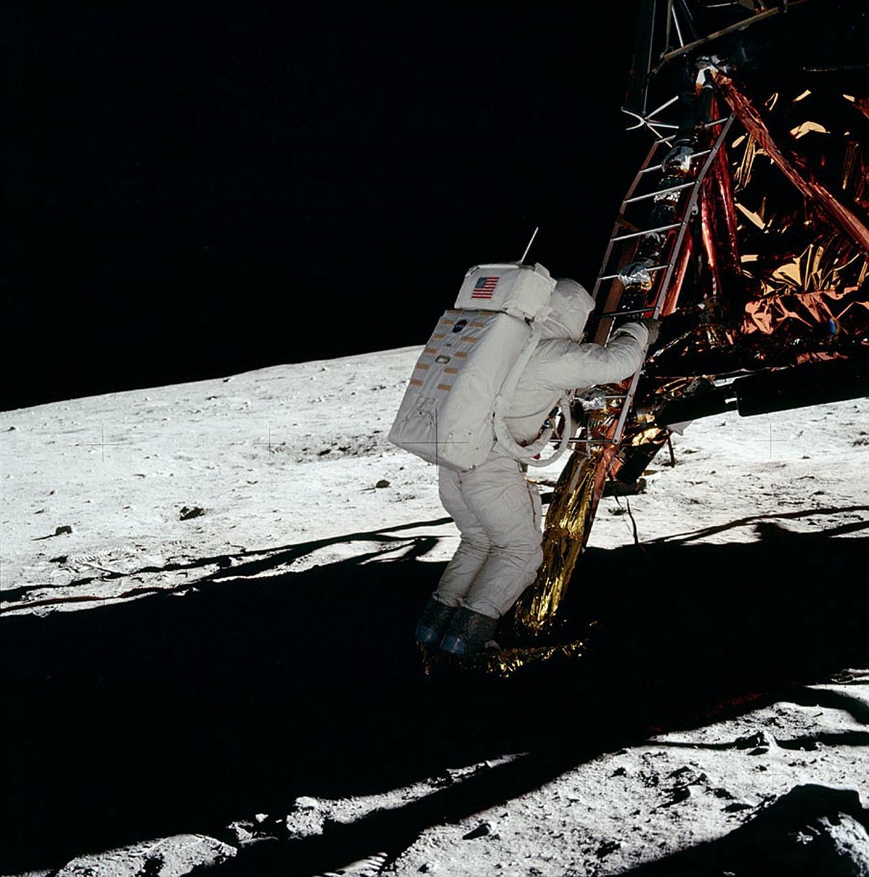 Utracili kontakt ze statkiem, który próbował wylądować na Księżycu