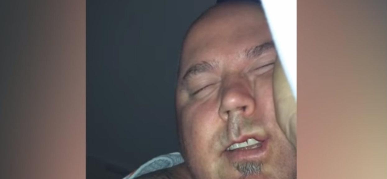 Mąż został nagrany przez żonę, gdy spał. Nieświadomie robił przedziwne rzeczy