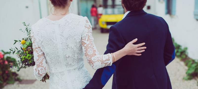 Panna młoda zgubiła męża na własnym ślubie. Chwilę po tym, jak go znalazła, szarpała się już z roznegliżowaną kuzynką