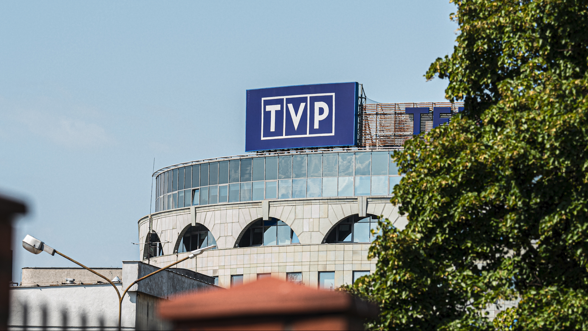 Nagłe czystki w TVP. Decyzje władz publicznej wzbudziły oficjalny sprzeciw